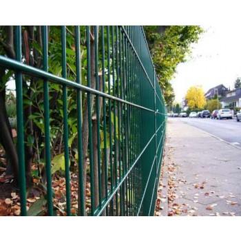 55 Meter Zaun komplett (grün) - mit Pfosten Typ PM