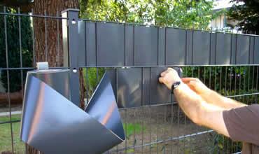 Montageanleitungen für Gartenzaun